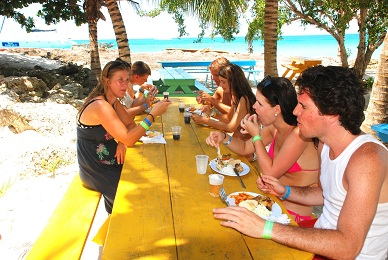 Lunch-on-beach-on-our-Saona-Tour