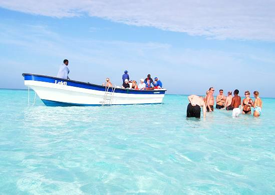 Piscina-Natural-sandbank-near-Bayahibe